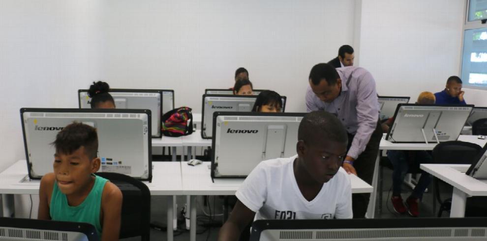 La 'Hora del Código' impulsa aprendizaje de la computación