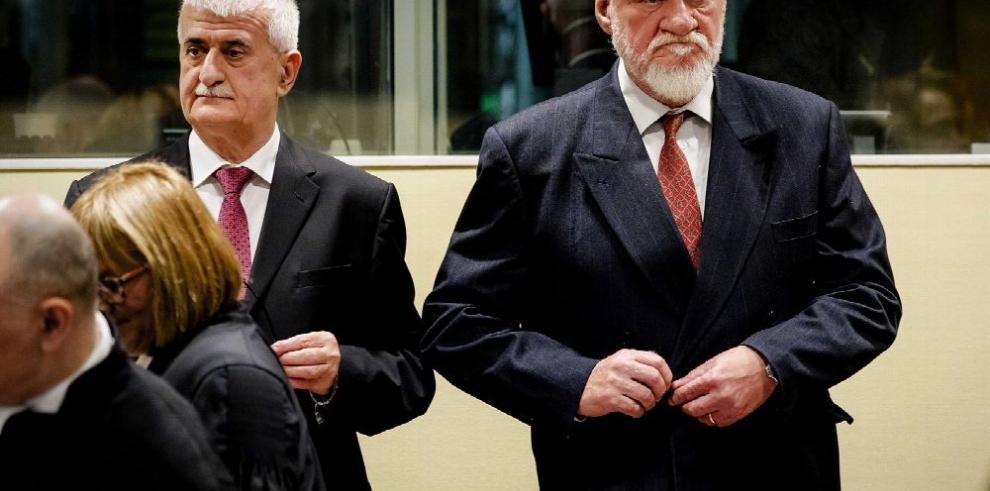 Justicia holandesa investiga suicidio de Slobodan Praljak