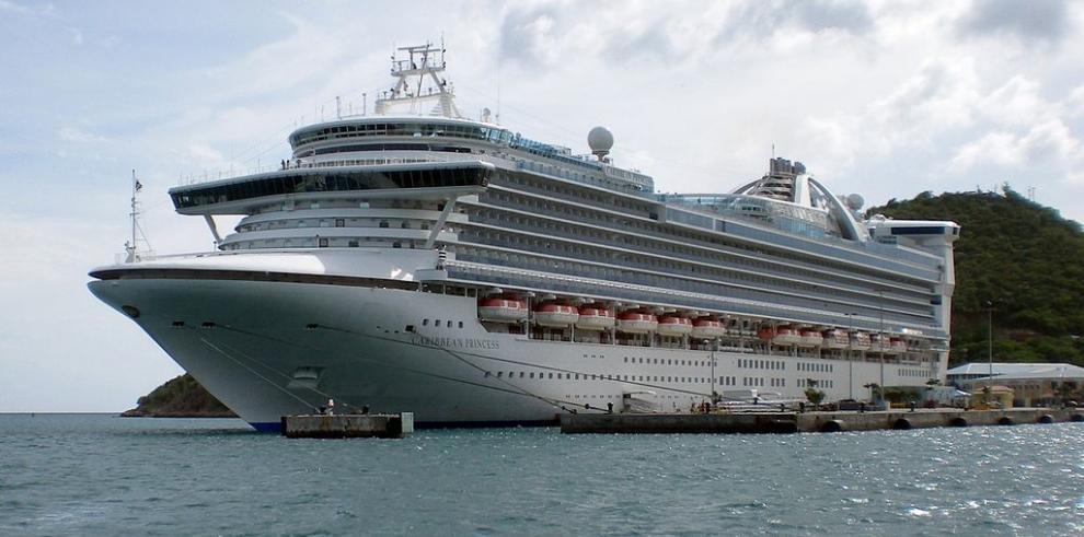 Canal ampliado atrae cruceros más grandes a Colón 2000