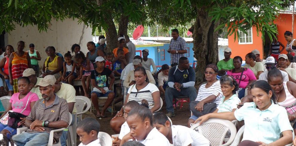 Residentes de la isla Pedro González gozan de electricidad 24/7