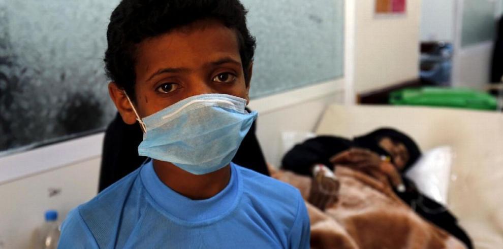 Cólera afecta a cientos de niños