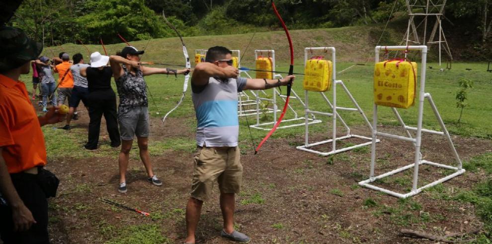 Intensifican docencia del 'arco y la flecha'