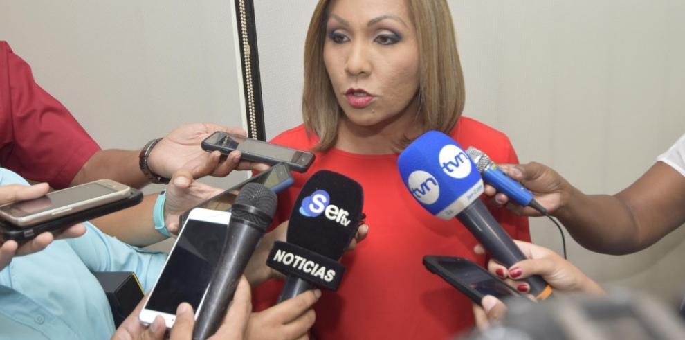 'Los 25 diputados de CD están en contra de la medida disciplinaria', Ábrego