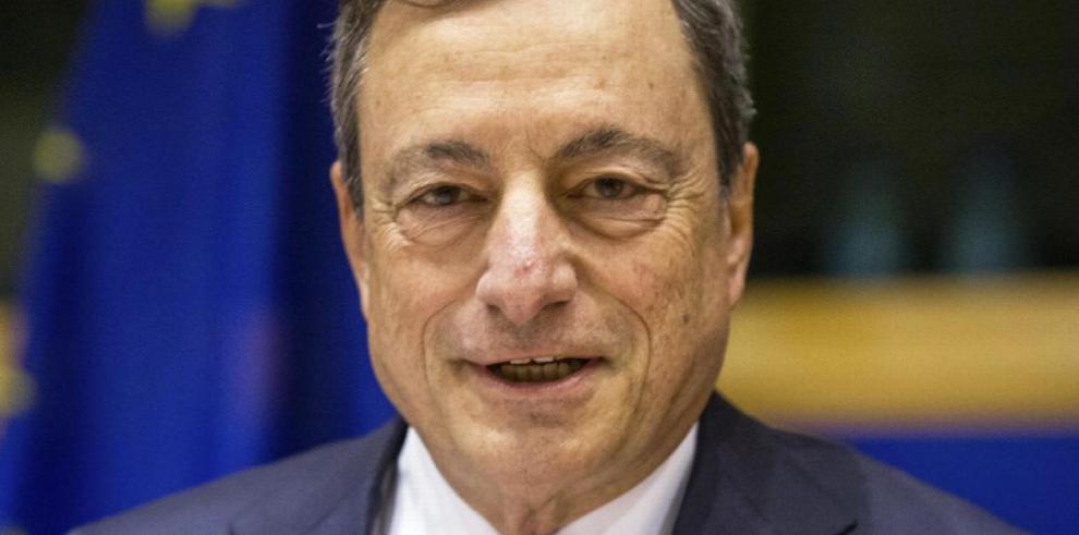 Draghi avisa sobre riesgos de las 'fintech'