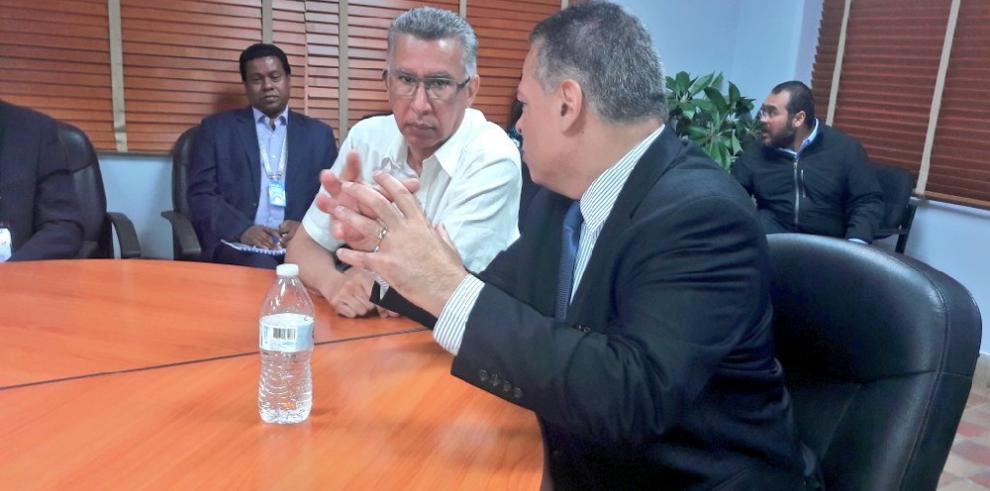 Instalan mesa de gestión para optimizar programa 'Mora Quirúrgica Cero'