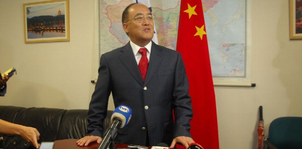 China expone eje de trabajo con Panamá