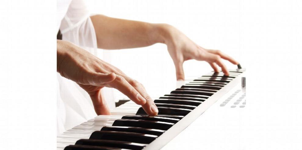Comienza gira de pianistas