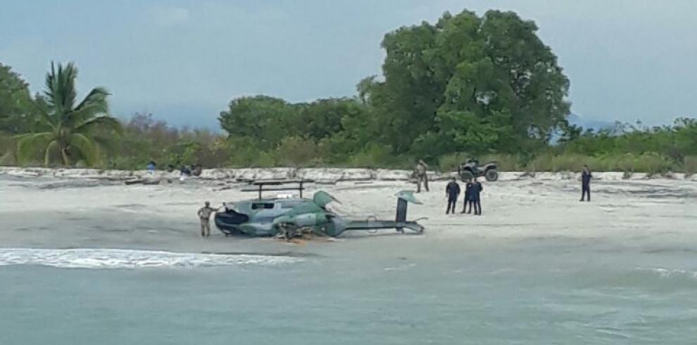 Helicóptero del Servicio Nacional Aeronval sufre accidente y amariza