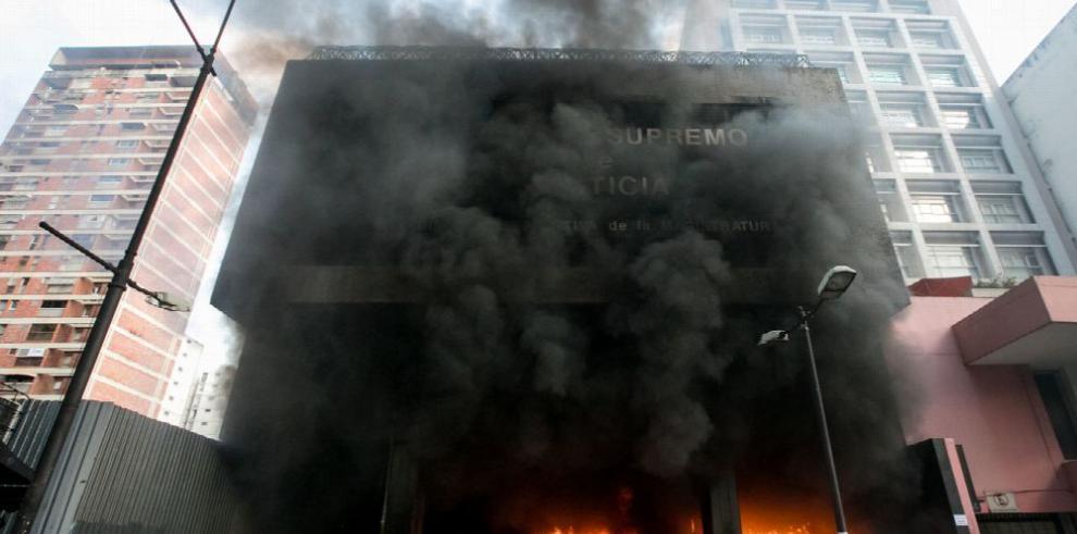 Fiscal venezolana responsabiliza al Gobierno de su seguridad