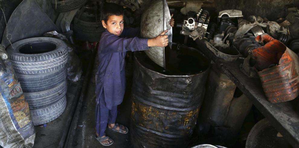 El Banco Mundial destina 520 millones de dólares en ayuda para Afganistán