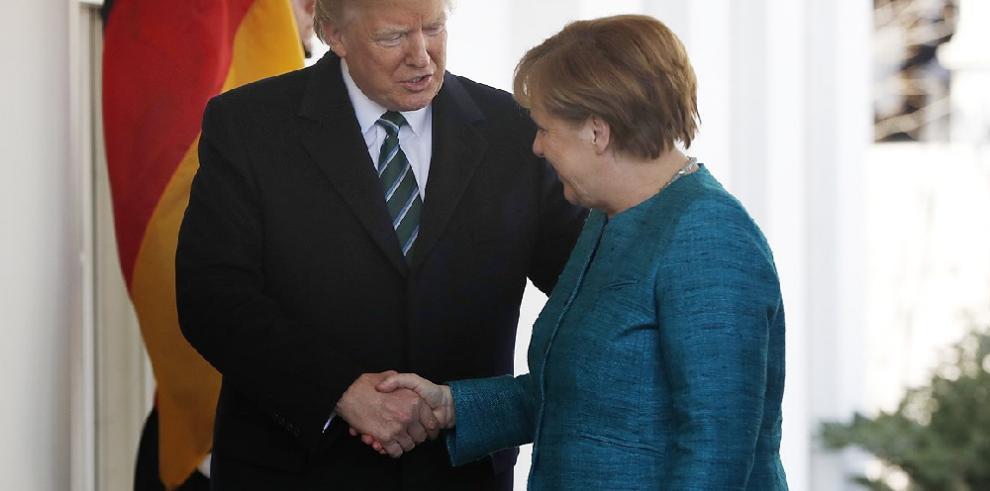 Alemania acusada por Trump de deber