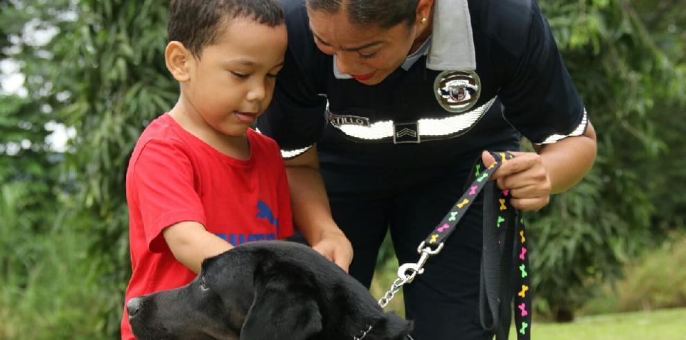 Unidad Canina de la PN, una nueva esperanza para niños con discapacidad