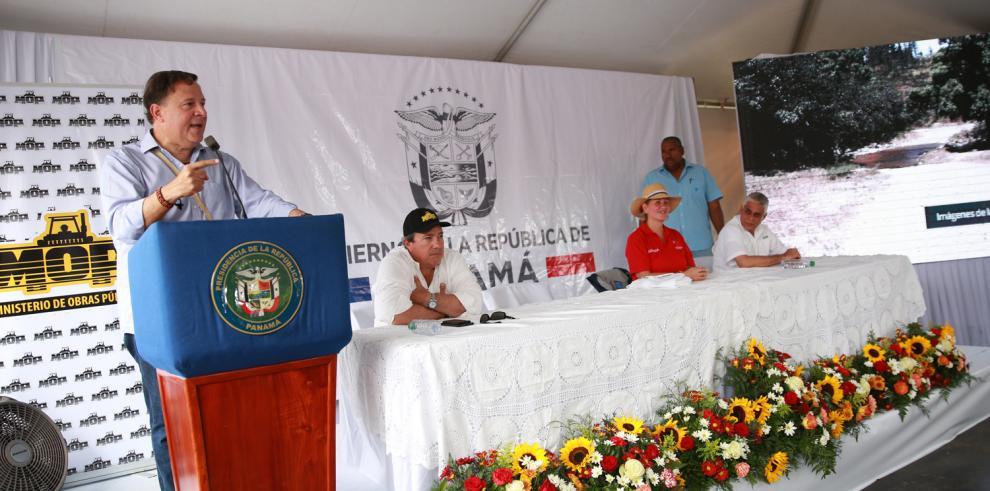 Más de 19 mil habitantesse benefician con entrega de la carretera El Peñón-Cerro Plata