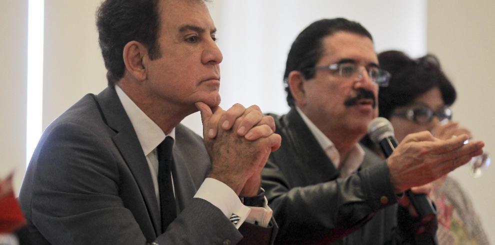 Nasralla dice entregó a UE y OEA actas que confirman