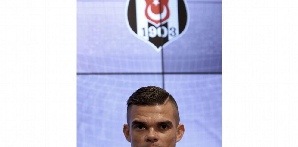 Pepe jugará 2 temporadas con Beskitas