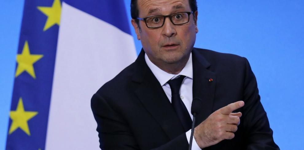 Uribe critica visita de Hollande a zona de concentración de las FARC