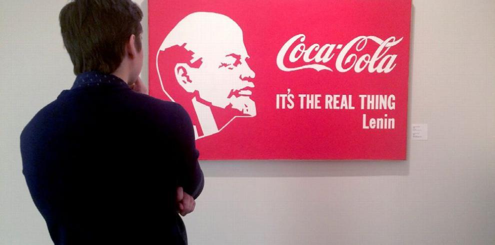 Moscú acoge 'Lenin Coca Cola'