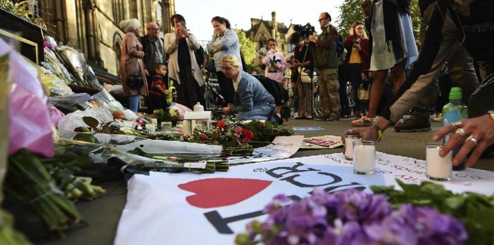 Conmoción y tristeza en Manchester tras atentado