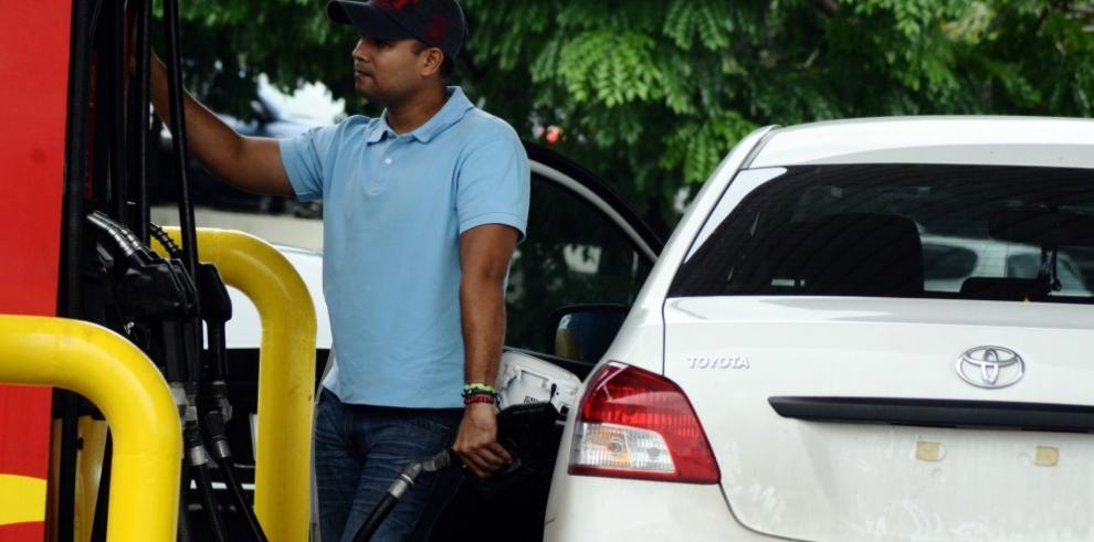 El viernes aumenta el precio de la gasolina y el diésel
