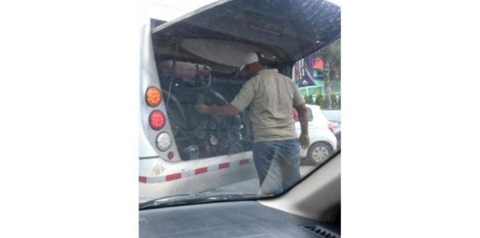 Vocero de MiBus denuncia sabotaje en el metrobús