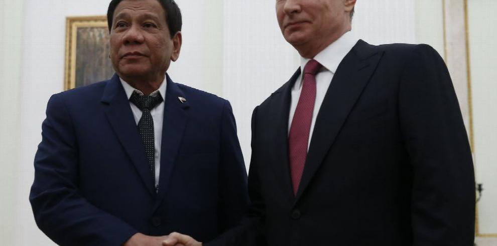 Duterte recurre a Putin en pleno 'divorcio' con EE.UU.