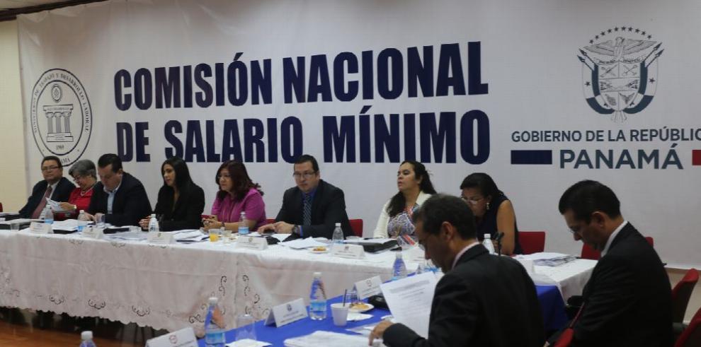 Se complica la negociación del nuevo salario mínimo