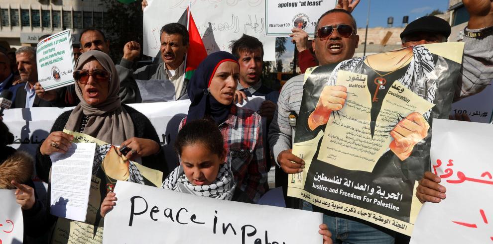 Palestinos protestan contra Declaración Balfour en su centenario