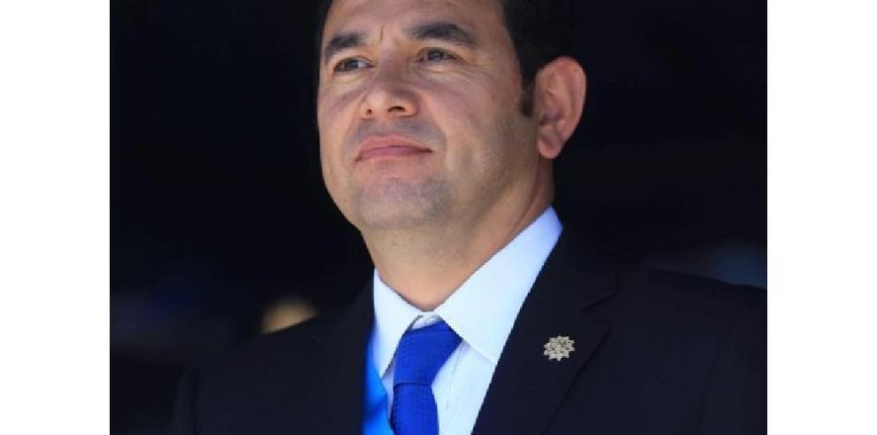 Presidente de Guatemala desafía la lucha contra la corrupción