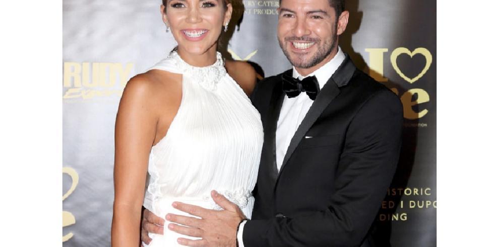 David Bisbal no descarta casarse con Rosanna Zanetti el año que viene