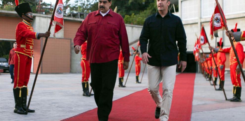 Continúan críticas a gobierno venezolano