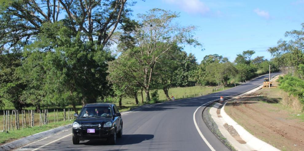 Rehabilitación de carretera La Arena – Pesé registra más de un 50% de avance