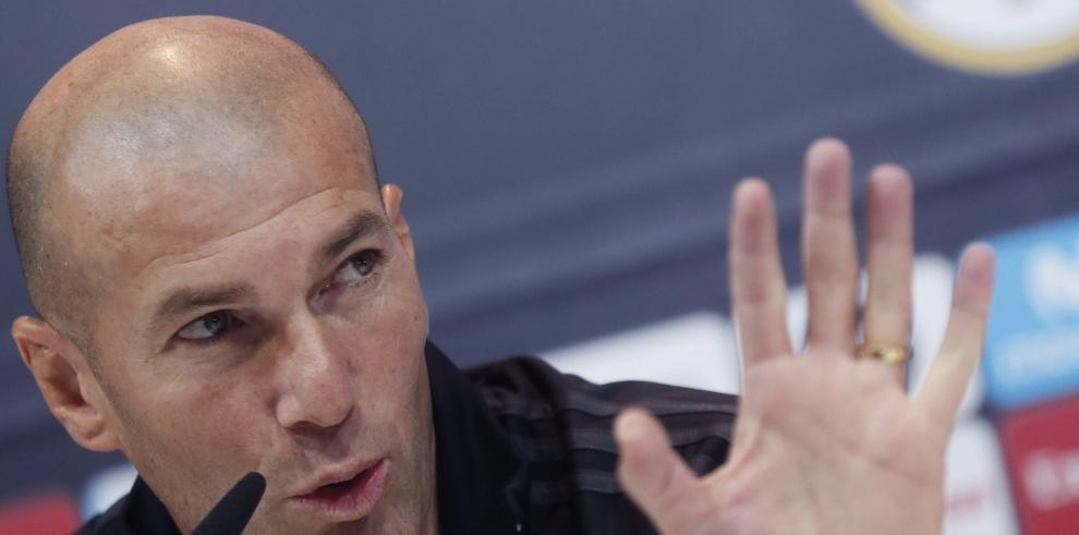 Zidane confirma buen estado de Cristiano y opina que merece respeto del club