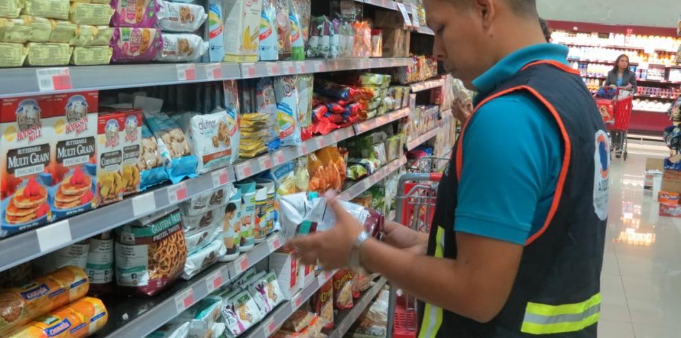Venta de productos vencidos lidera ranking de anomalías de Acodeco