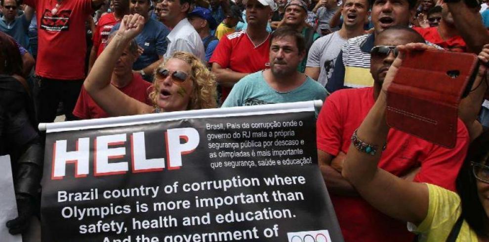 Uso de aviones para contener protestas en Brasilia fue 'acertado'