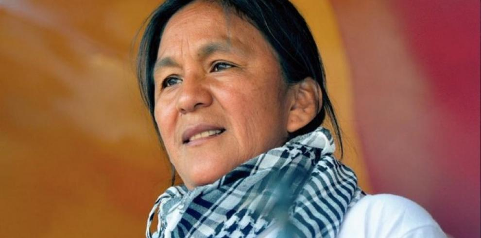 El papa envía carta de apoyo a la activista argentina presa Milagro Sala