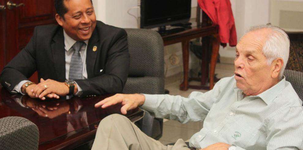 Gobernación de Panamá rinde tributo a Willie Fernández
