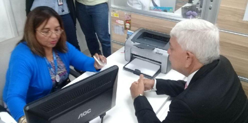 Retorno de Marcos González al CD genera fricción con Marta de Martinelli