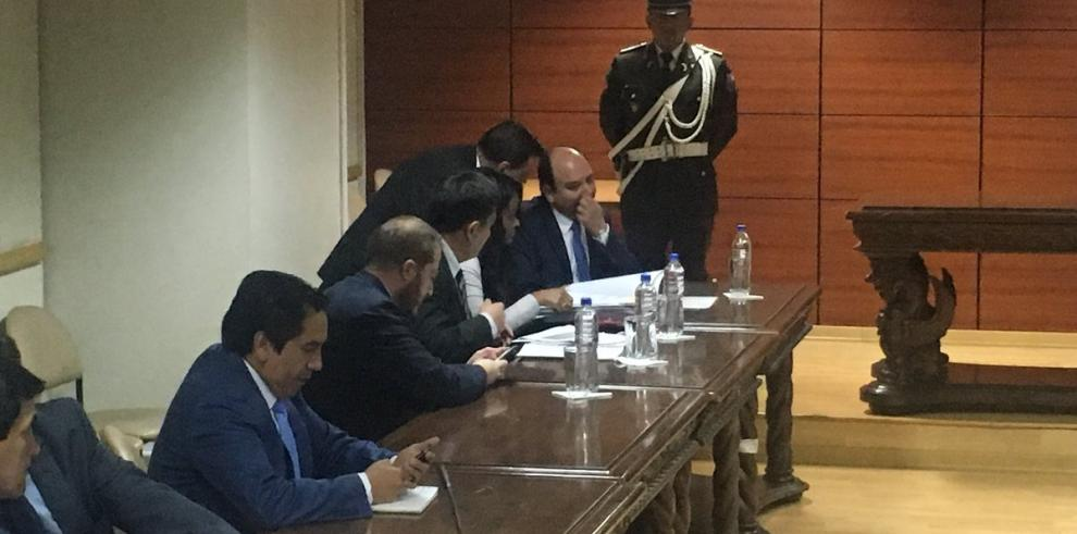 Fiscal de Ecuador solicita prisión preventiva para Jorge Glas