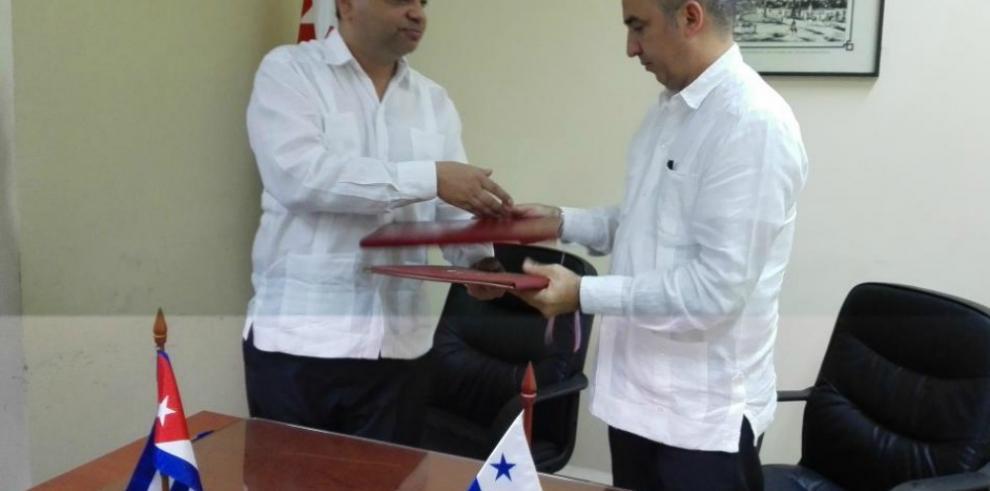 Cuba y Panamá acuerdan mayor cooperación en materia migratoria