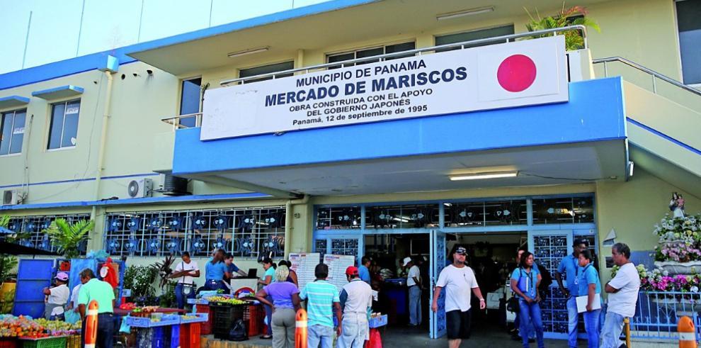 Acodeco inicia operativo en el Mercado del Marisco