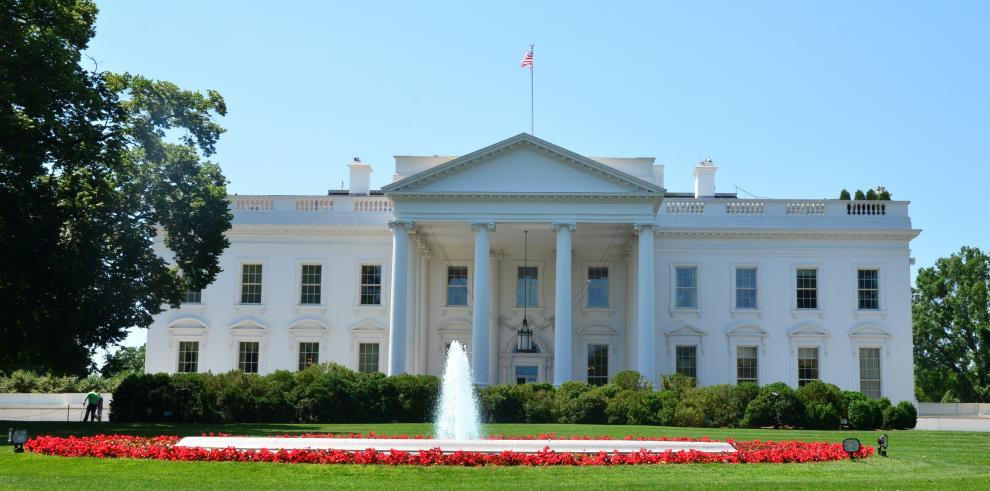 Capturada mujer que intentó saltar verja de la Casa Blanca