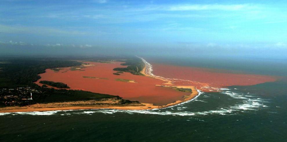 Contaminación en ríos de Brasil