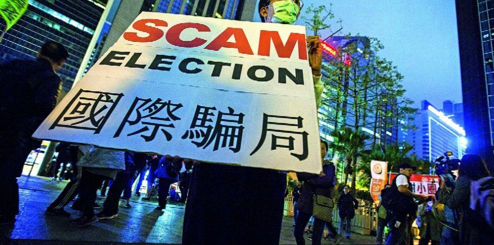 Hong Kong va a las urnas hoy a la sombra de Pekín
