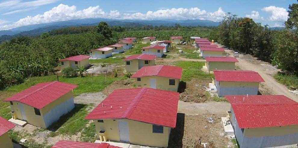 Construyen Techos de Esperanza a familias de 18 asentamientos informales