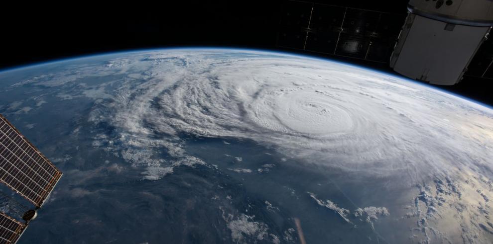 Harvey se convierte en huracán de categoría 3 antes de llegar a Texas