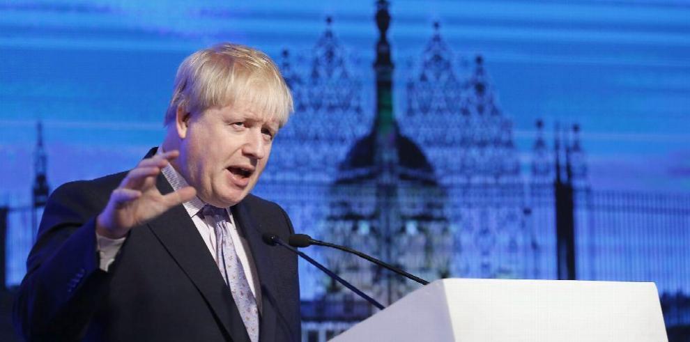 Londres estudia cambiar postura sobre Al-Assad
