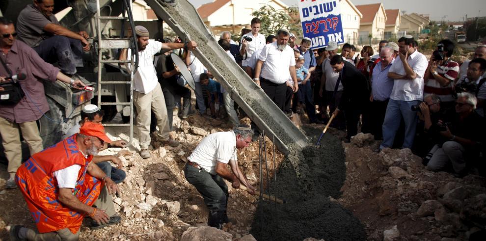 Israel aprueba mil 100 nuevas casas en territorio palestino ocupado