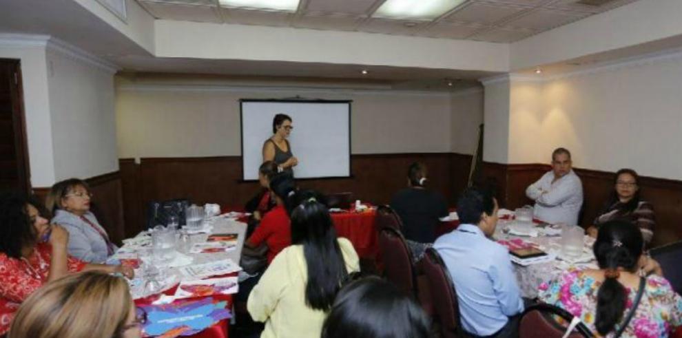 'El VIH en las mujeres es una expresión de la desigualdad'