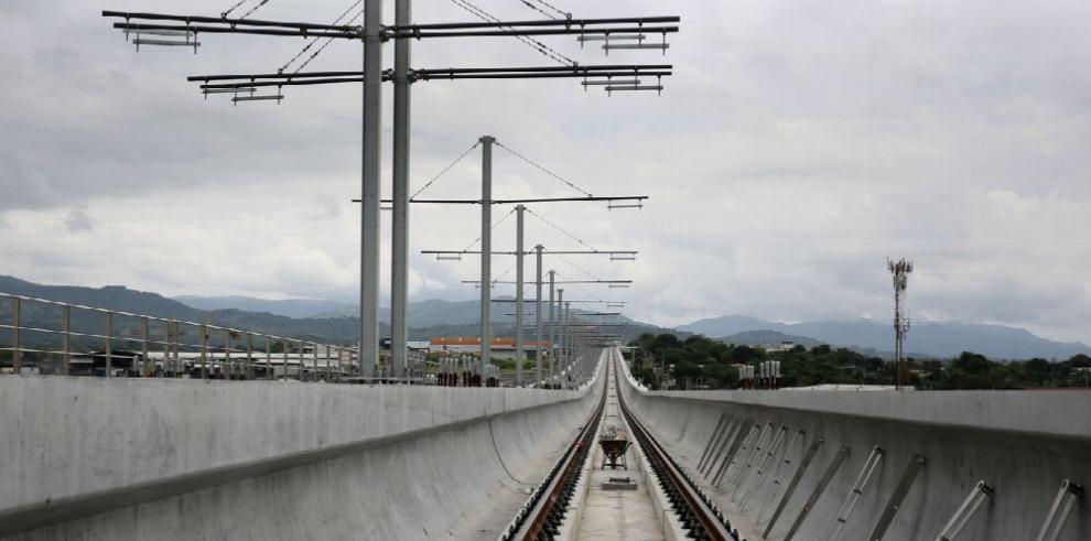 La Línea 2 del Metro avanza a toda velocidad
