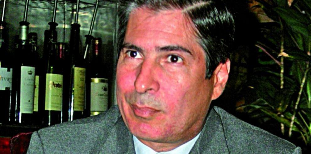 'Carlos Duboy debe separarse del cargo'Annette Planells